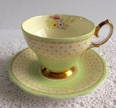 Bella mano dipinta Bell Cina Tea Cup & Saucer