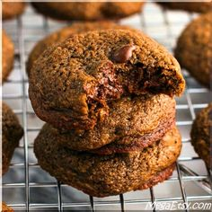 Rich and chewy chocolate orange chip cookies. Like a chocolate orange - in cookie form!