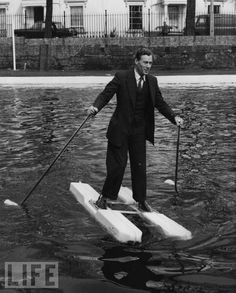 Crazy inventions of the past: Sea-Shoes, 1962