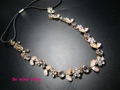 Neu im Sortiment:  unser beliebtes Strass-Haarband Flower mit Perlmutt-Blättern ist ab sofort auch in gold erhältlich: VK 6,95€ http://ebay.eu/1CAiNST DaWanda: http://bit.ly/1ofXTaV
