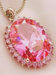 :: Pink Jewelry:: Pretty In Pink Pink Love, Pretty In Pink, Saphir Rose, Tout Rose, I Believe In Pink, Diamond Pendant Necklace, Pink Necklace, Sapphire Pendant, Sapphire Earrings