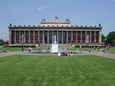 Altes Museum by Karl Frederich Schinkel