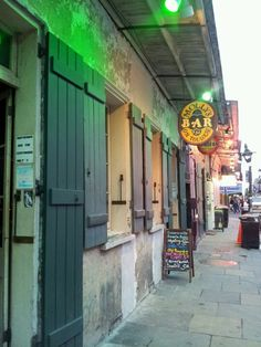 Molly's Bar New Orleans