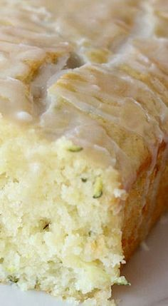Glazed Lemon Zucchini Bread - the perfect treat for the cold weather. Extremely tasty, light and airy Glazed Lemon Zucchini Bread. It has a delicious flavor and Lemon Desserts, Lemon Recipes, Just Desserts, Baking Recipes, Sweet Recipes, Delicious Desserts, Dessert Recipes, Yummy Food, Zuchinni Bread