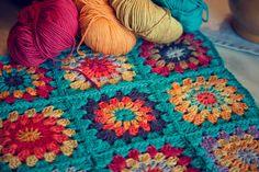 plaid+au+crochet.jpg 1,600×1,067 pixels