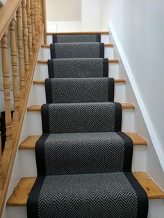 Most up-to-date Photographs Carpet Stairs runner Strategies One of many fastest … - black carpet Grey Stair Carpet, Carpet Staircase, Basement Carpet, Black Carpet, Hall Carpet, Yellow Carpet, Carpet Decor, Diy Carpet, Carpet Ideas