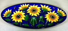 Sunflower bread plate, an old pattern painted by artist Geoff Graham at Cinnabar Ceramics, Vallejo, CA (Formerly Ukiah, CA)