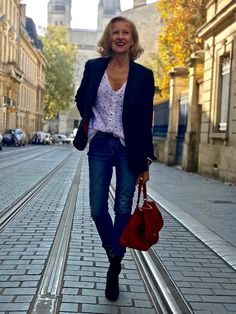 Discover our made-to-measure blazer Blazers For Women, Design Your Own, Corduroy, Casual Outfits, Velvet, Chic, Stylish, Clothes, Fashion