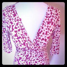 DVF silk floral dress 3/4 sleeves v cut neckline silk dress Diane von Furstenberg Dresses Midi