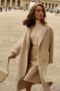 comfortable winter outfits ideas to inspire you 14 ~ thereds.me – Outfits for Work comfortable winter outfits ideas to inspire you 14 ~ thereds. Outfits Inspiration, Mode Inspiration, Fashion Inspiration, Looks Street Style, Looks Style, Street Style Women, Classy Street Style, Chic Summer Style, Winter Style