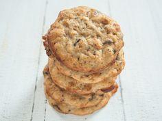 Peanut Butter Banana Chocolate Chip Cookies | The Vegetarian Diaries