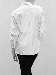 His white shirt *¨*•⊰✿