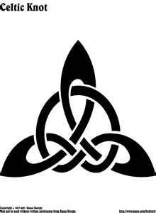 celtic knot stencil design, I want this! Trinity Knot Tattoo, Celtic Knot Tattoo, Celtic Tattoos, Celtic Knots, Irish Tattoos, Celtic Symbols, Celtic Art, Celtic Pride, Tribal Symbols
