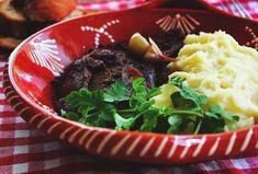 Um prato simples,  mas que exige algum cuidado no tempo da marinada, esta se possível deverá ser preparada de véspera