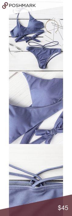 ✨Blue Halter Wrap Bikini Set✨ ✨Bottoms Length(Cm):L:23cm Top Length(Cm):L:26cm Bust(Cm):L:74-86cm Waist Size(Cm):L:68-76cm Size Available:L Material:Polyester Chest Pad:YES Type:Bikinis Top:Push Up Color:Black Style:Sexy✨ Swim Bikinis