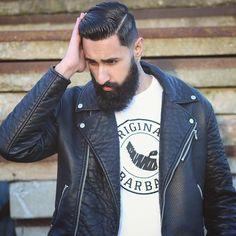 Haircut by modutch85 http://ift.tt/1V5FlaI #menshair #menshairstyles #menshaircuts #hairstylesformen #coolhaircuts #coolhairstyles #haircuts #hairstyles #barbers