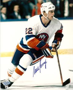 Mike Bossy of the New York Islanders