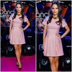 Zjawiskowa Paulina Sykut Jeżyna w pudrowo różowej sukience duetu Thecadess z jesienno zimowej kolekcji marki.  @radekrocinski @piotrsalata #thecadess #thecadess_warssaw #polsat #tanieczgwiazdami #kulisytancazgwiazdami #dancingwiththestars #fashion #instapicture #style