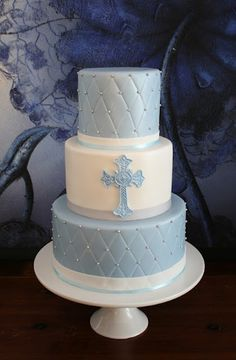 Sandy's Cakes this would be great for kaelyn's baptism cake but in pink of course: