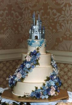 Wedding Cake Recipes These Disney Inspired Wedding Cakes Are Jaw-Dropping - Cakes can be magical, too. Cinderella Quinceanera Themes, Quinceanera Cakes, Quinceanera Decorations, Cinderella Sweet 16, Cinderella Castle, Cinderella Wedding Cakes, Disney Wedding Cakes, Disney Sweet 16, Cinderella Theme