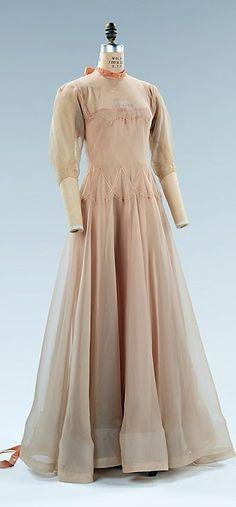 Vionnet Dress - c. 1937 - by Madeleine Vionnet (French, 1876-1975) - Silk - The Metropolitan Museum of Art