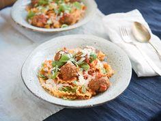 Pasta with mini meatballs - Recipes - Kitchen Stories