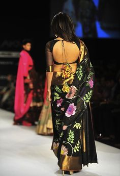 Scarlet Bindi - South Asian Fashion: Lakme Fashion Week Spring/Summer 2013: Day 5