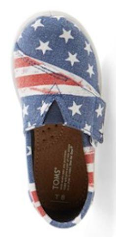 tiny patriotic Toms http://rstyle.me/n/km8hmr9te