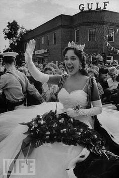 Miss America, Mary Ann Mobley Returning to Her Home Town - The Case of the Blonde Bonanza - Perry Mason Miss America Winners, Perry Mason, Love Boat, Beauty Contest, Fantasy Island, Old Hollywood Glamour, Beauty Pageant, Beauty Queens, Mississippi