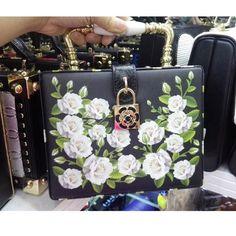 f432b6536a8b Box Shape Handbag. Diamond FlowerPrinted Tote BagsFlower ...