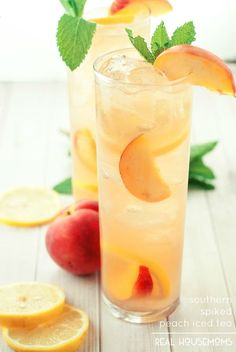 Peach Cocktails - Southern Spiked Peach Ice Tea
