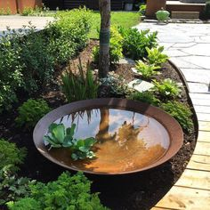 wasser im garten Love the idea of using this as a pond for water plants during spring amp; summer, then you could fill with rocks or firewood for the winter. Ponds Backyard, Backyard Landscaping, Landscaping Ideas, Country Landscaping, Garden Ponds, Backyard Ideas, Backyard Planters, Backyard Layout, Modern Backyard