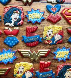Superman Love, Batman Vs, Corset Cake, Superhero Cookies, Cookie Designs, Cookie Ideas, Food Decoration, Decorations, Royal Icing Cookies