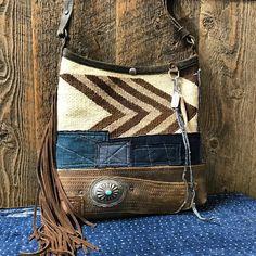 Navajo bucket shoulder bag