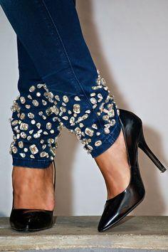 jeans con applicazioni cristalli - rhinestone customized jeans - fracomina - #fracominadivacollection