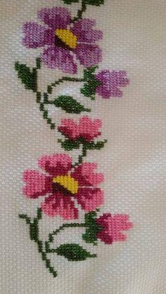 bc4a21fceda02b2b21dfb81d6aee89d1.jpg 540×960 piksel [] #<br/> # #Cross #Stitch,<br/> # #Crafts,<br/> # #Cross #Stitch,<br/> # #Patterns,<br/> # #Embroidery,<br/> # #Christmas<br/>