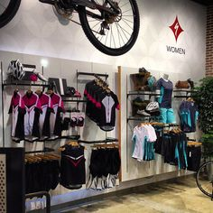 Bike Coffee, Bicycle Store, Tyre Shop, Gear Shop, Merchandising Displays, Store Design, Showroom, Fossil, Fashion Outfits