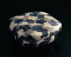 Lidded Dish with Plum Blossoms and Waves Design by Ogata Kenzan