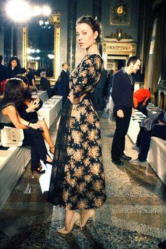 Uliana Sergeenko - Another Russian Trendsetter Modest Fashion, Love Fashion, Vintage Fashion, Russian Beauty, Russian Fashion, Edgy Outfits, Modern Outfits, Chic Dress, Dress Up
