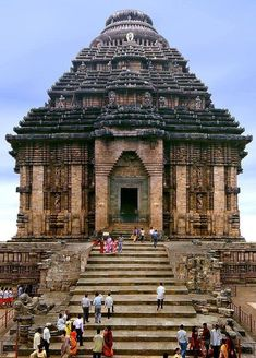 Konark Sun Temple, Odisha, India It is believed that the temple was built by king Narasimhadeva I of Eastern Ganga Dynasty around AD The temple is in the shape of a gigantic chariot with. Indian Temple Architecture, India Architecture, Ancient Architecture, Religious Architecture, Beautiful Architecture, Temple India, Hindu Temple, Places To Travel, Places To See
