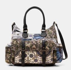 Sac en toile imprimée Desigual pas cher prix Black Friday Sacs Desigual 😍Découvrir ici - #SacDesigual #Sacamain #Desigual #bags #fashion #mode #ventespascher #instafashion #BlackFriday #BlackFridayDesigual Fashion Mode, Casual, Diaper Bag, Bags, Cheap Designer Purses, Purse, Accessories, Handbags, Diaper Bags