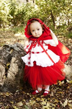 Snow White.  Costume made by Tara Moore- Lil Cupcakes Bowtique & photo by Allison Gibbons Photography