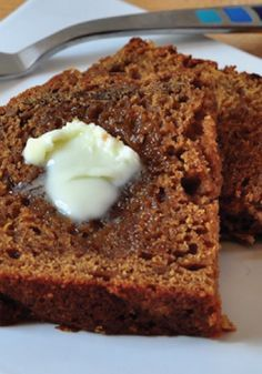 Summer Squash Gingerbread Loaf – delicious bread for breakfast or dessert!