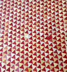 suelo de #baldosas antiguas de #barro cocido #clay en #fincacortesin #tile #azulejos #floor #tileaddiction #colorful #textured #texture #texturporn by teresa.herrero