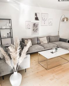 All Details You Need to Know About Home Decoration - Modern Home Living Room, Apartment Living, Living Room Designs, Living Room Decor, Bedroom Decor, Buy Sofa, Apartment Interior Design, Living Furniture, Sofa Grau