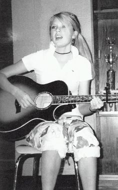 Taylor Swift from Celebrity Yearbook Taylor Swift 2006, Young Taylor Swift, Photos Of Taylor Swift, Taylor Swift Album, Taylor Alison Swift, Taylor Swift Childhood, Taylor Swift High School, Taylor Swift Tim Mcgraw, Baby Taylor