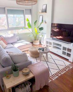 Decor Home Living Room, Small Living Rooms, Home And Living, Bedroom Decor For Teen Girls, Room Ideas Bedroom, Casa Loft, Minimalist Room, Home Room Design, Bedroom Styles