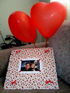 Como fazer um scrapbook para o namorado - original e econômico! - Passo 4 Scrapbook Cover, Scrapbook Stickers, Scrapbook Albums, Diy Valentine's Day Gifts For Boyfriend, Boyfriend Photos, Valentines Diy, Valentine Day Gifts, Dating Anniversary Gifts, Best Pens