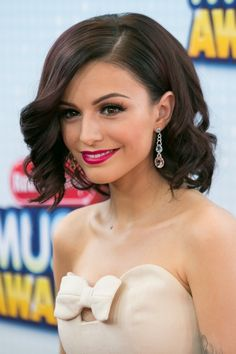 Cher Lloyd with short hairstyle, I couldn't tell if I liked her hair like this....I guess it was pretty