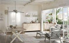 Come arredare la casa al mare in stile provenzale - Beautiful white-gray tones ... and the wooden floor!!!